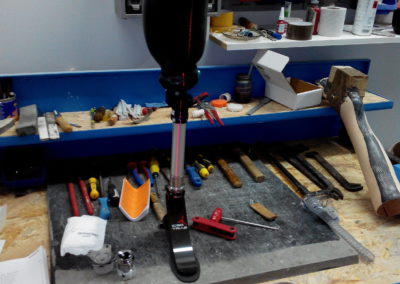 osiowanie protezy podudzia